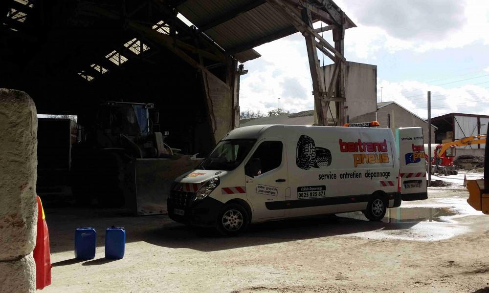 Bertrand pneus distribue Pneus agraire