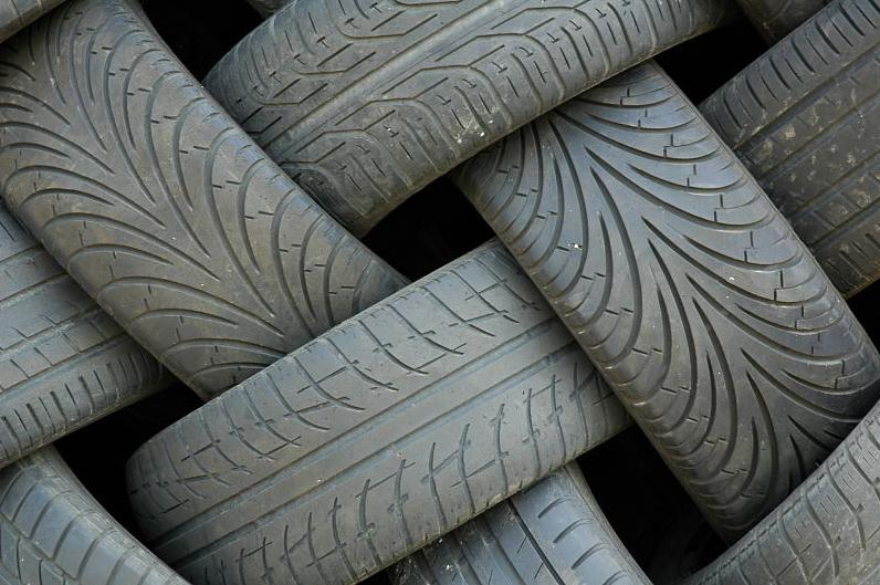 Bertrand Pneus distribue Recyclage pneus