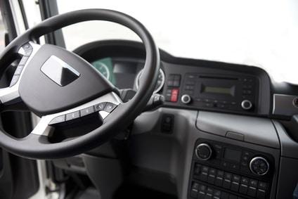 Bertrrand Pneus distribue Fahrerhaus eines modernen LKW