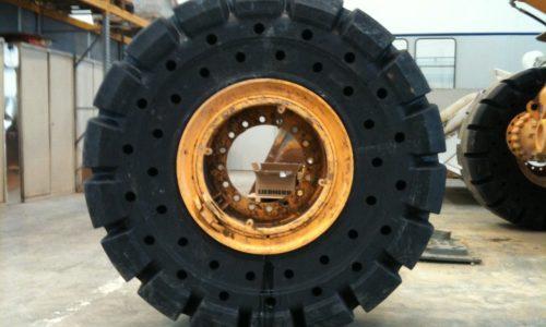 bertrand pneus distribue génie civil pneus pleins alvéolés