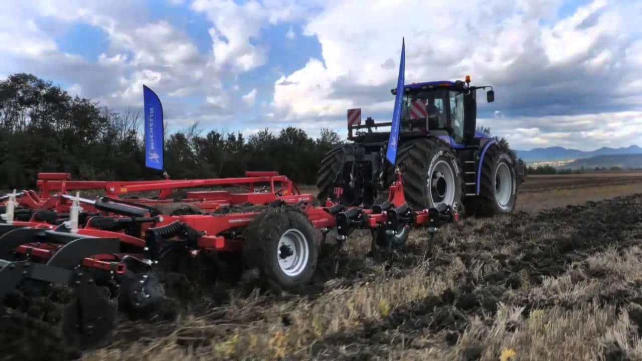 Bertrand Pneus distribue pneus tracteur lestage eau 2