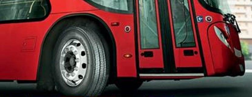 Bridgestone pneus pour véhicules légers, poids lourds, véhicules industriels l'excellence au plus haut niveau, sur route et sur les circuits automobiles